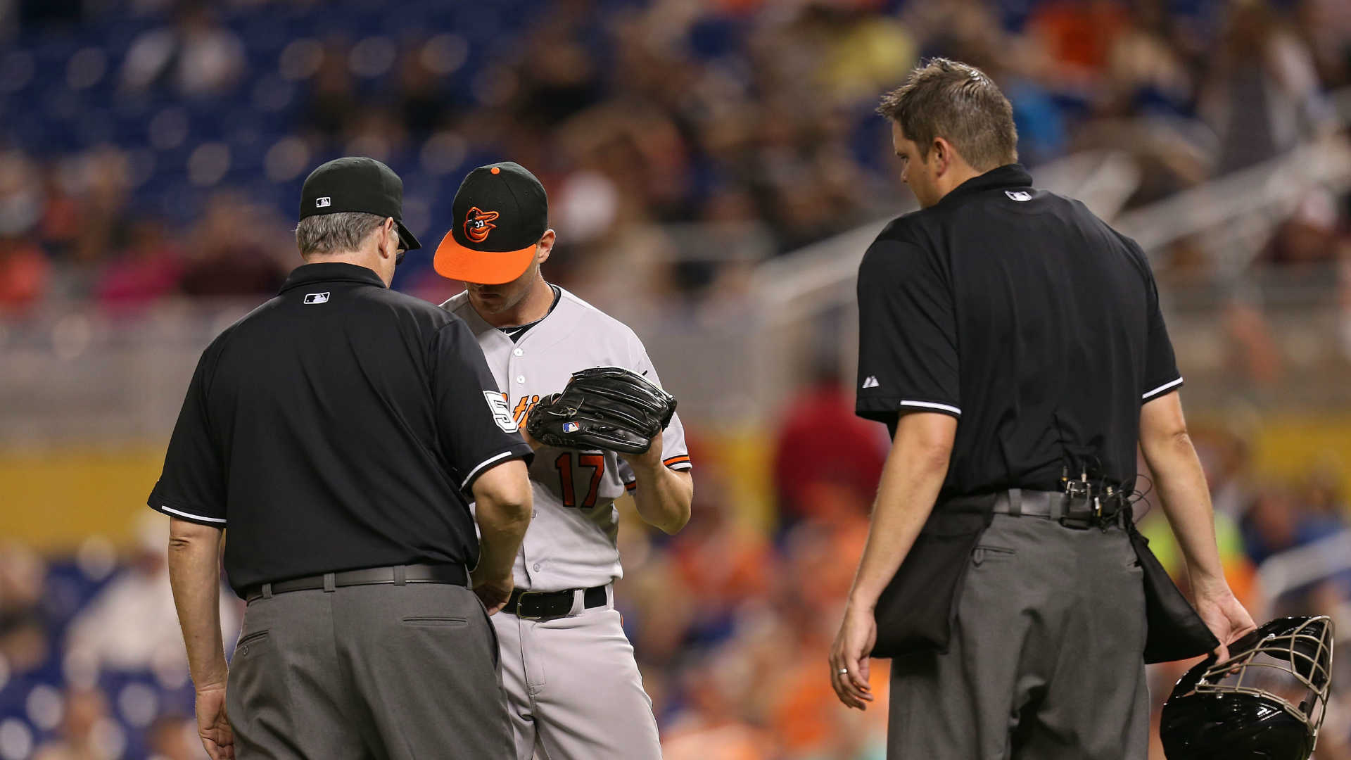 Orioles' Brian Matusz suspended for doctoring baseball