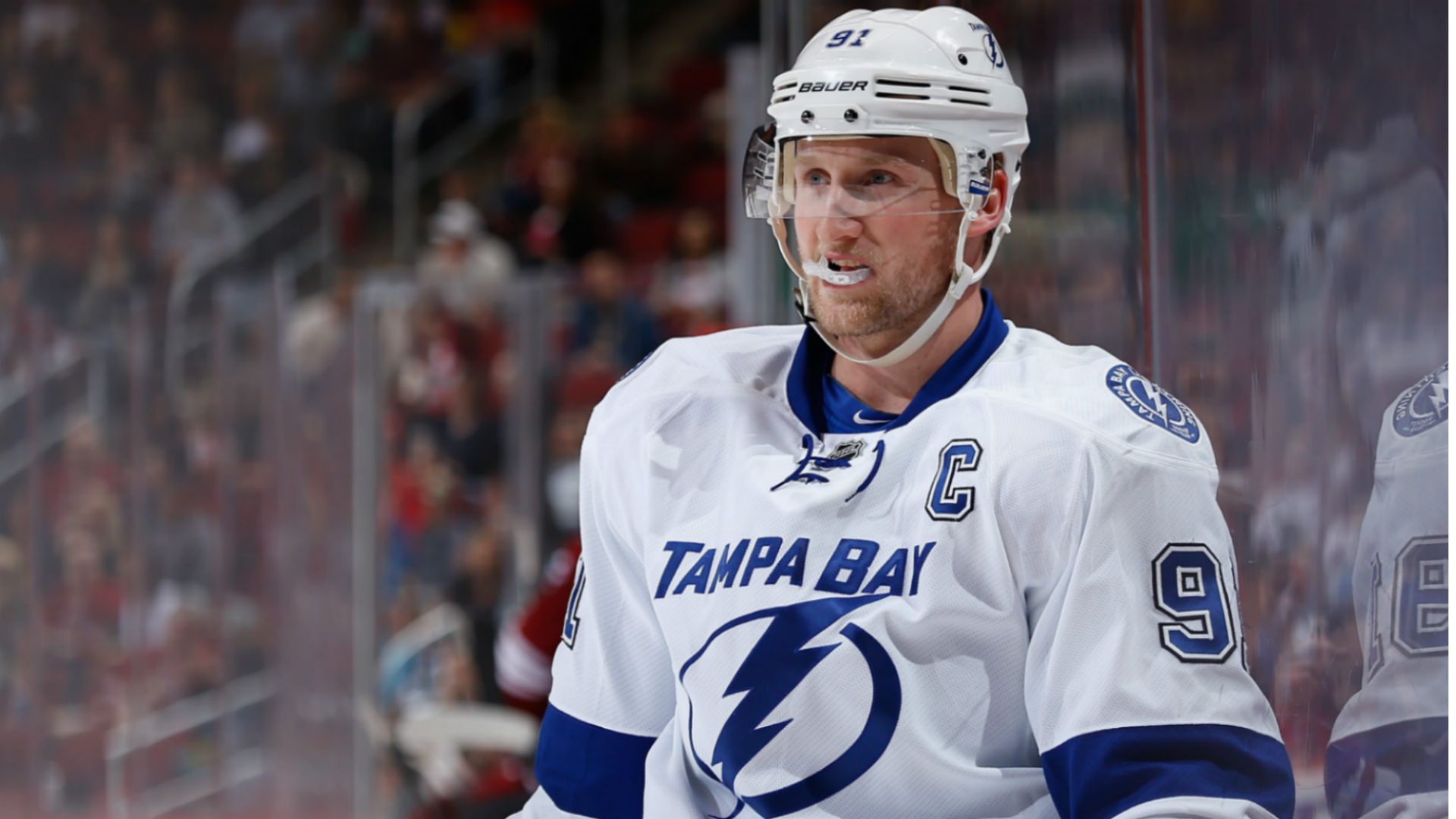Lightnings Steven Stamkos Exits After Throwing Broken Stick Into Crowd