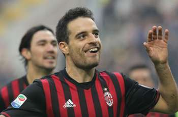 Bonaventura signs new AC Milan contract