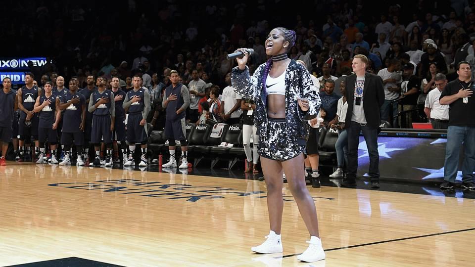 National anthem singer kneels after performance at Nets ...