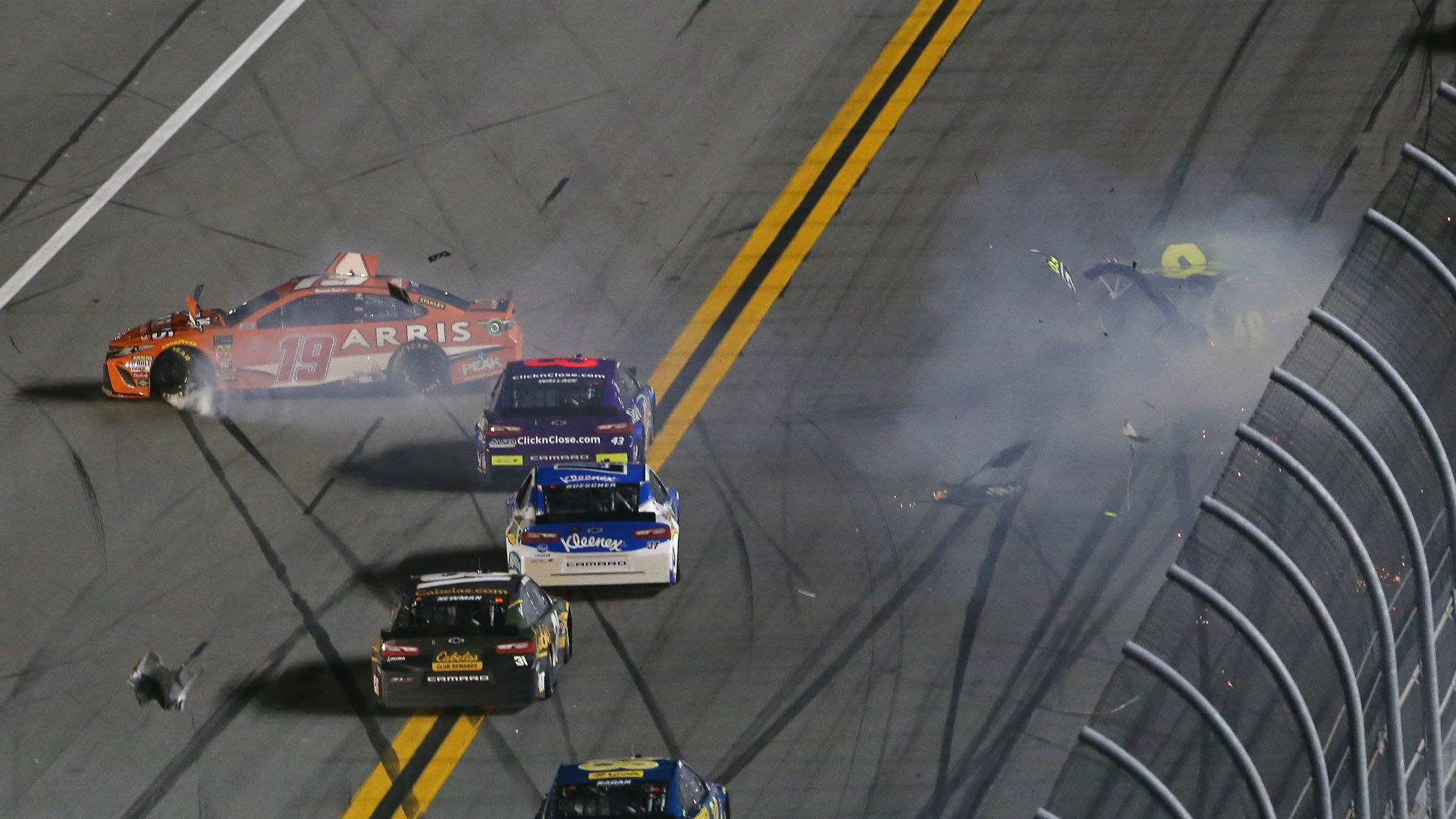 Watch: Jimmie Johnson's car totaled in Can-Am Duel wreck at Daytona