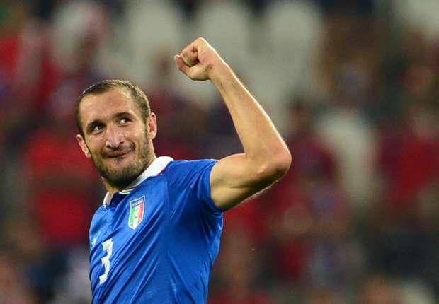 Prandelli backs banned Chiellini
