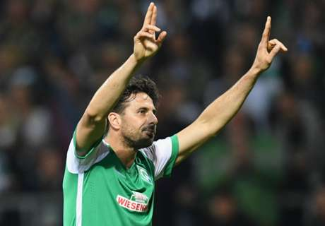 Pizarro signs one-year Bremen deal
