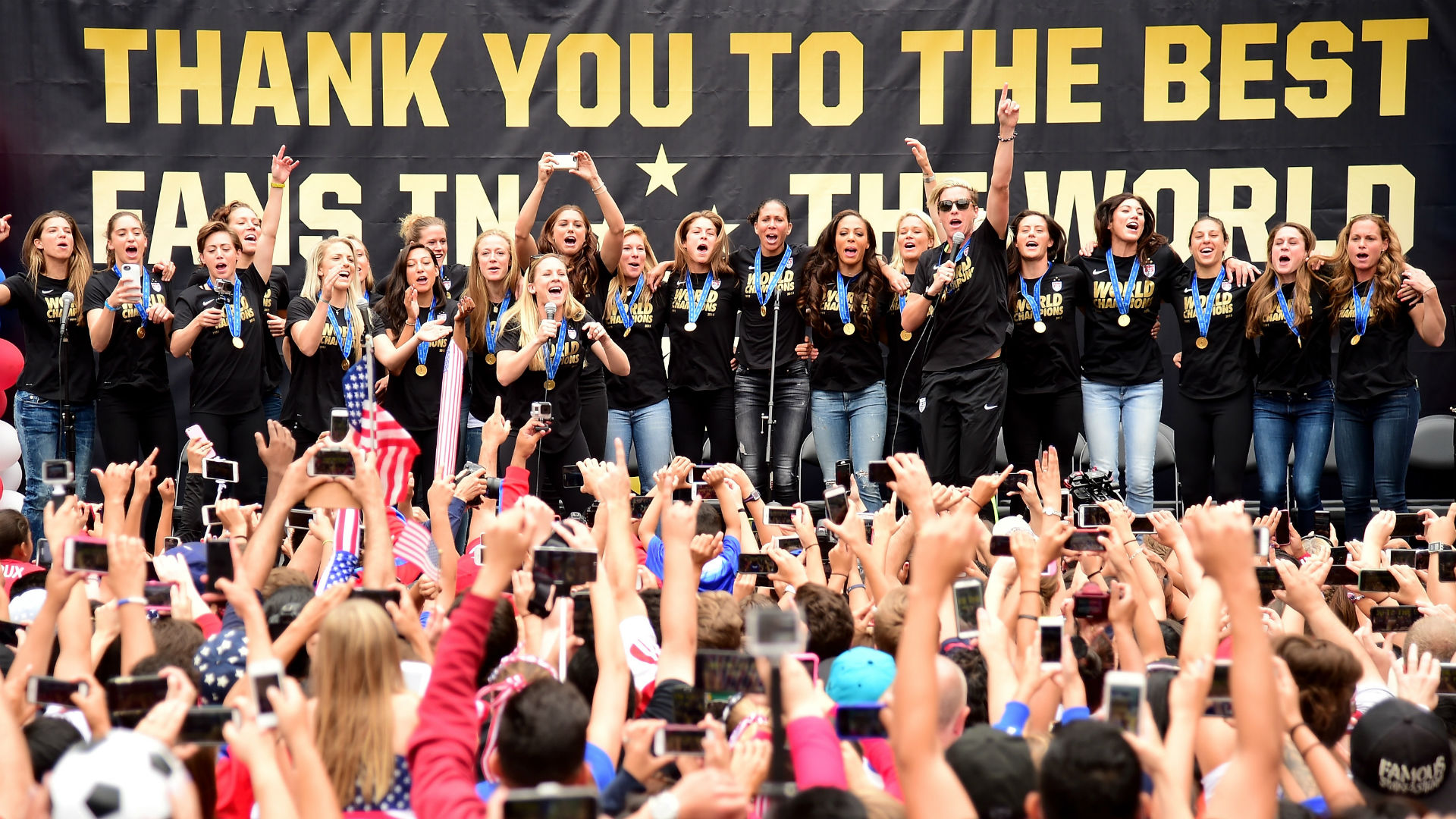 U.S. Women's World Cup team set for ticker-tape parade in New York