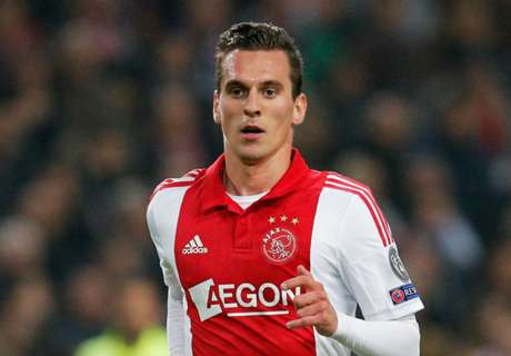 Ajax claim Napoli keen on Milik