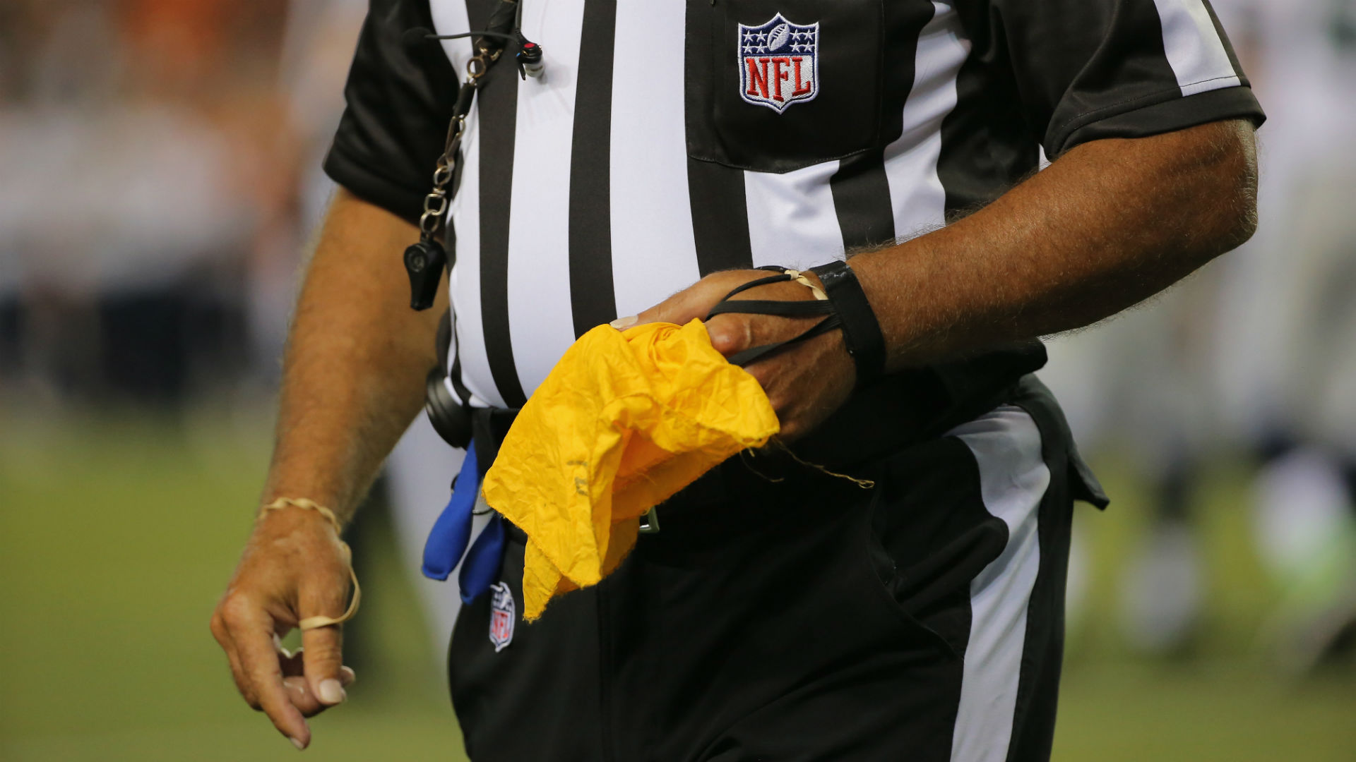 nfl-referee-092915-usnews-getty-ftr