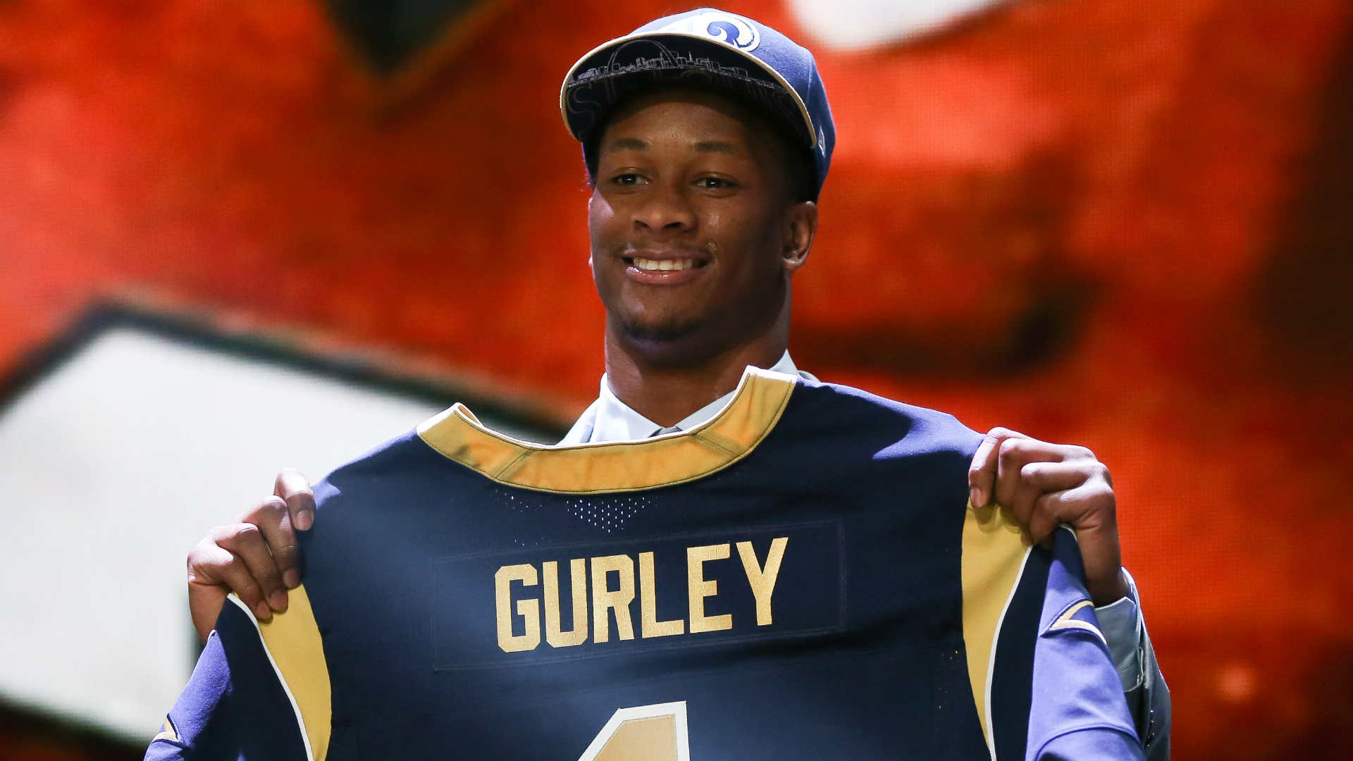Rams RB Todd Gurley cleared for training camp after passing physical