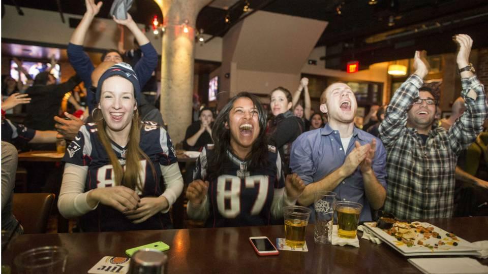 Patriots-fans-02022015-US-News-Getty-FTR
