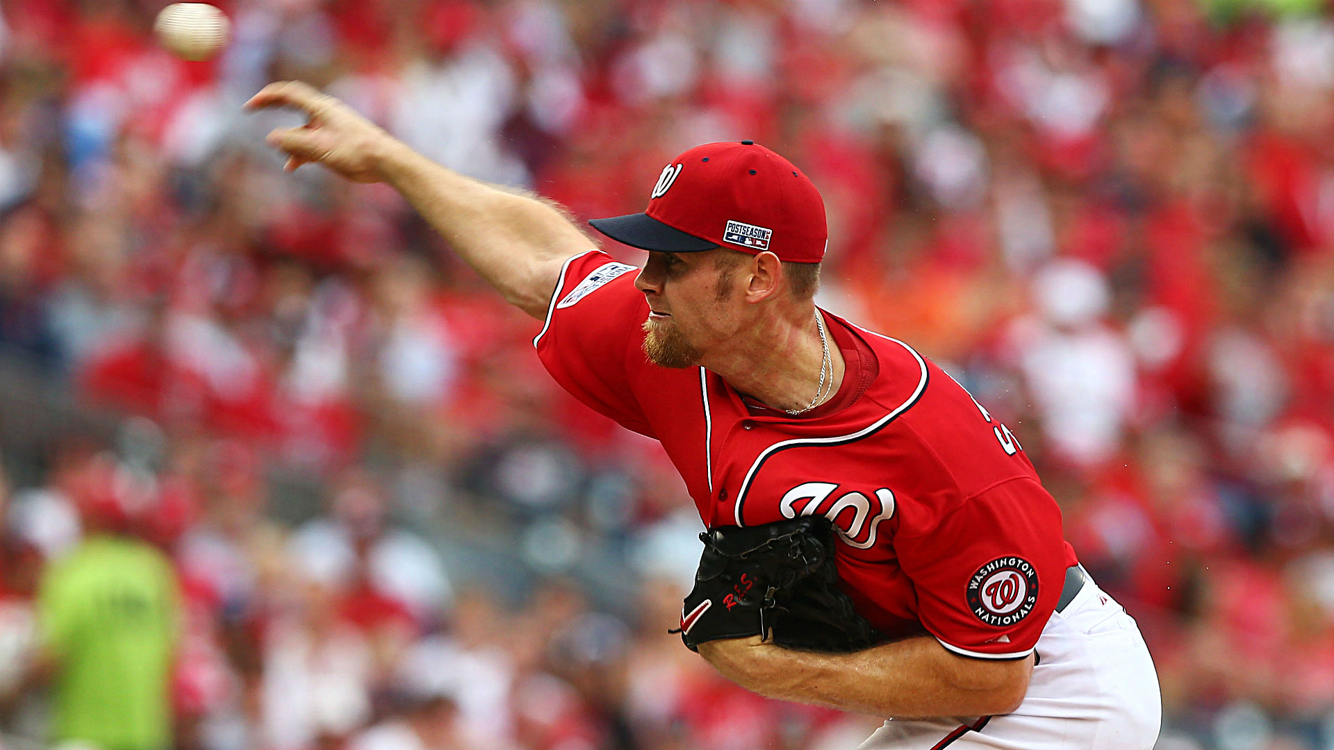 Stephen Strasburg exits start with an apparent injury