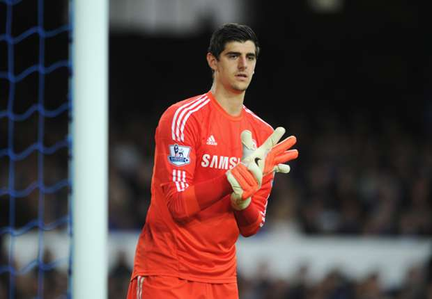 Courtois set to sign new Chelsea deal