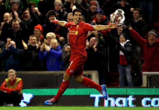 Onemanshow Suarez op Anfield Road
