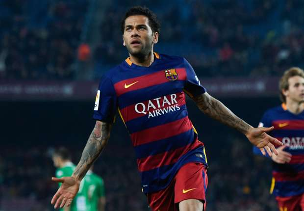 Dani Alves: The press should start talking more about football