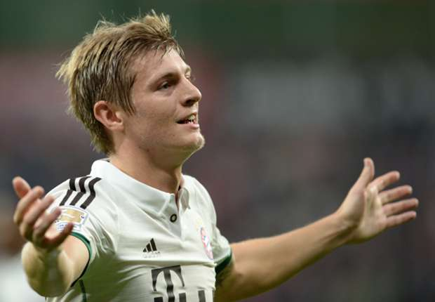 Kroos stalls over new Bayern deal