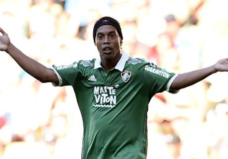 Ronaldinho eager to continue playing
