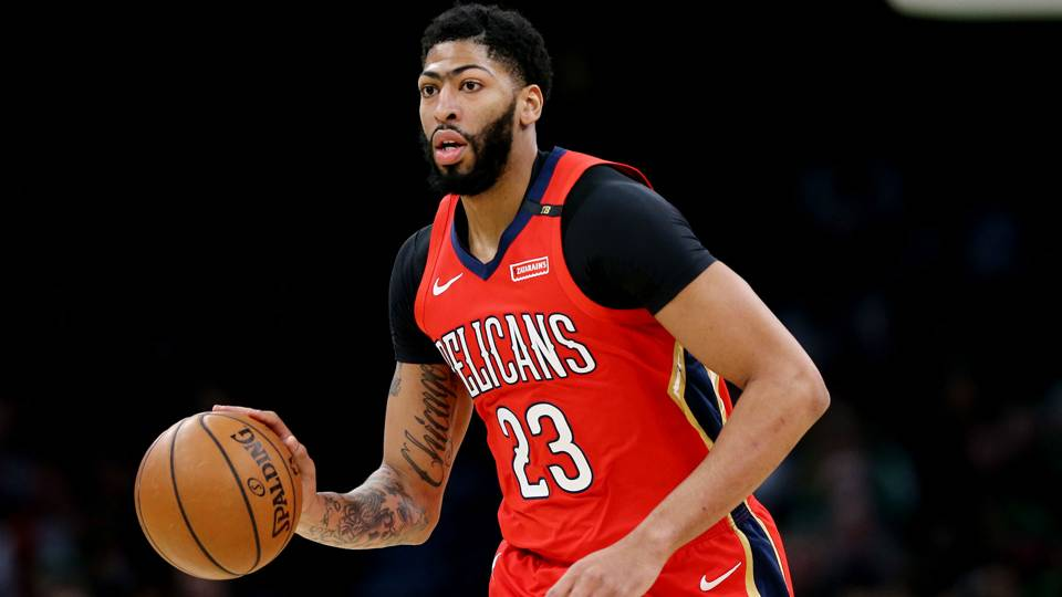 Anthony Davis injury update  Pelicans star reportedly suffers bruised  shoulder in win over Thunder · NBA e49c548e7