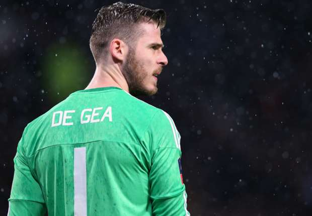 De Gea fully committed to Manchester United despite Real links - Schneiderlin