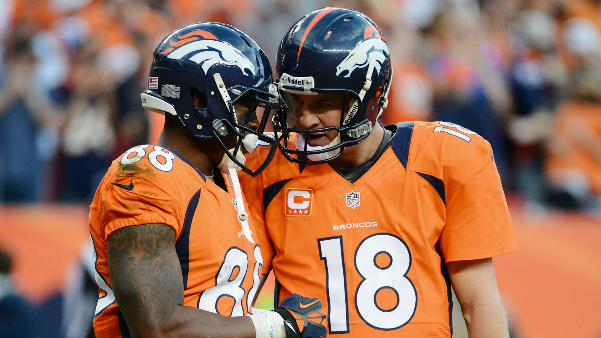 Universal Orlando fields Peyton Manning as its 'Vacation Quarterback'