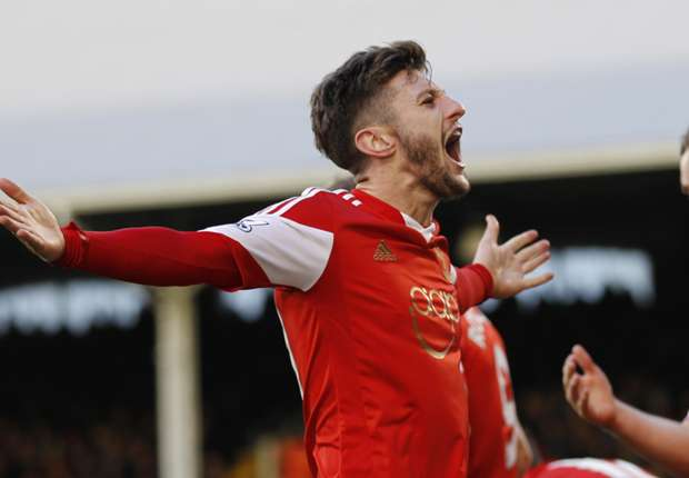Liverpool confirm Lallana signing