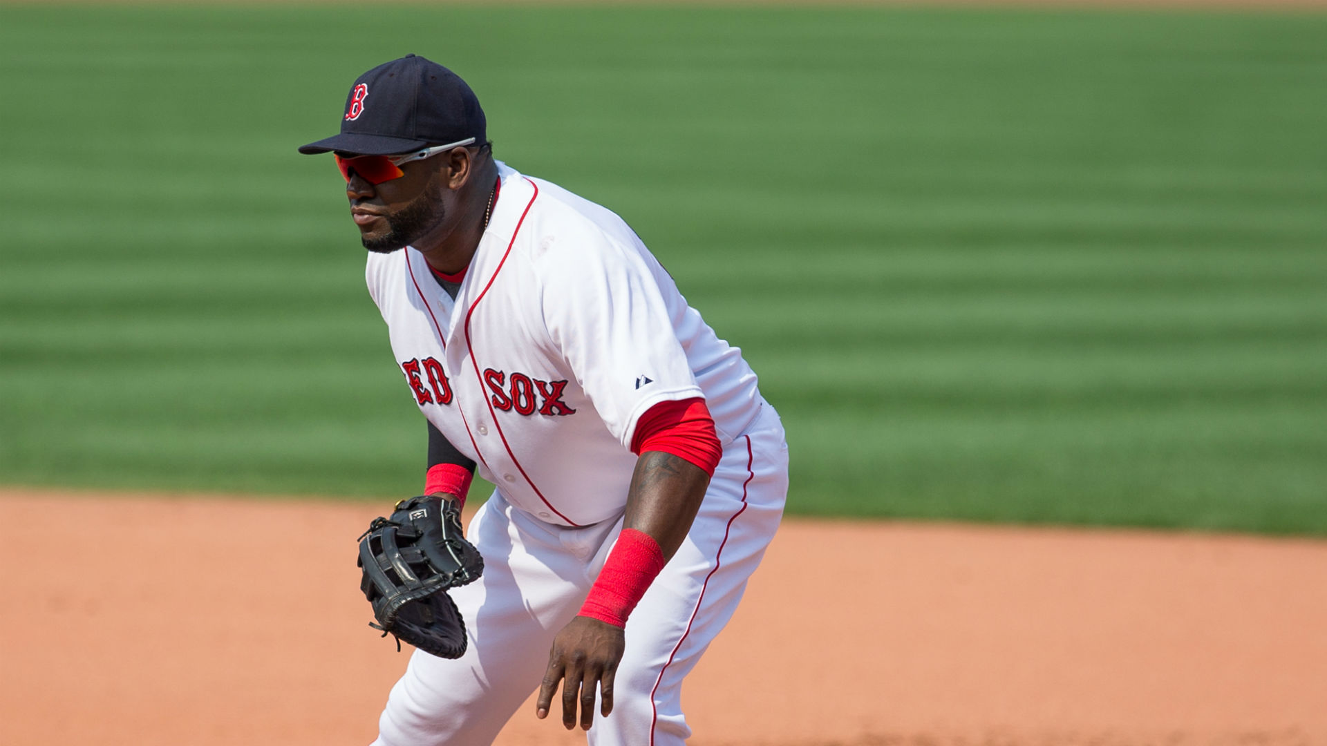 David Ortiz makes Red Sox history at first base by not recording putout