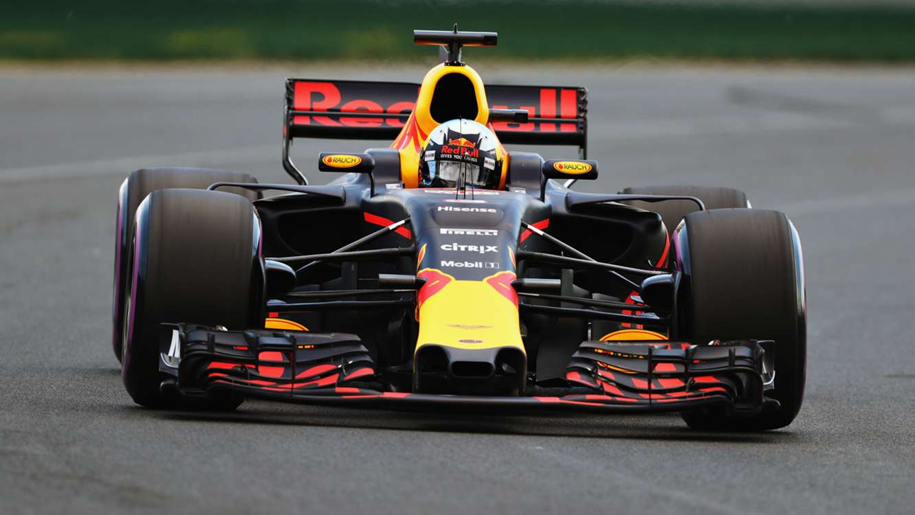 Daniel Ricciardo receives devastating grid penalty