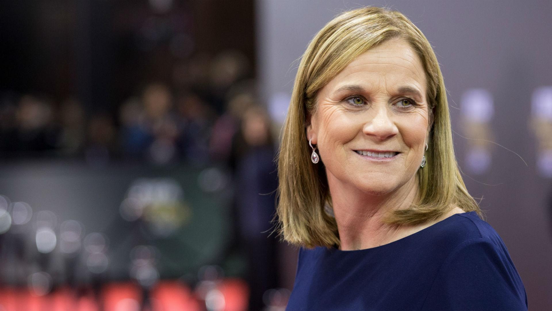 Jill Ellis takes 2015 FIFA Women's Coach of the Year award | Soccer | Sporting News