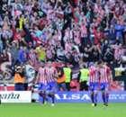 Luis Enrique congratulates Sporting