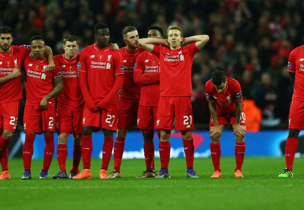 Carragher hits out at Liverpool squad
