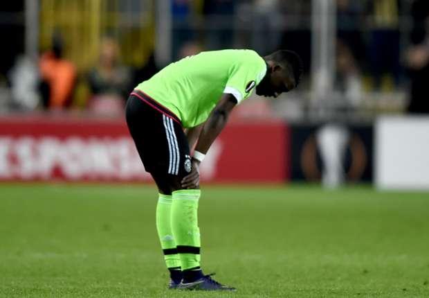 Ajax starlet Bazoer responds to Chelsea links