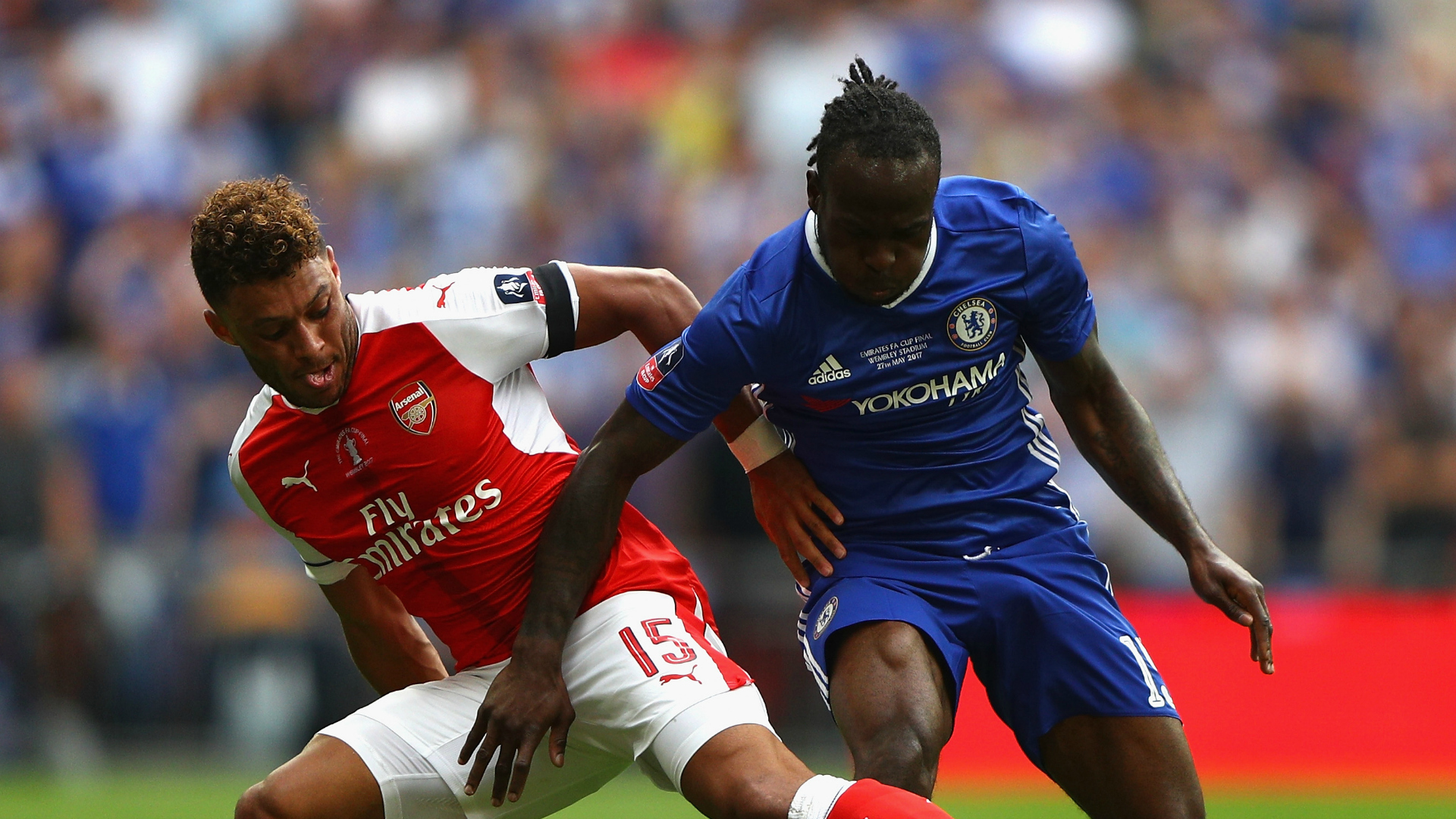 Arsenal Beat Chelsea 2-1 to Lift FA Cup