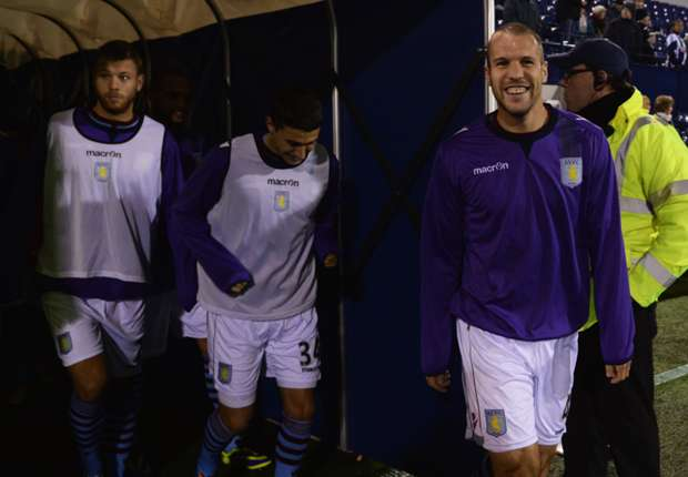 Baker lauds Aston Villa team-mate Vlaar