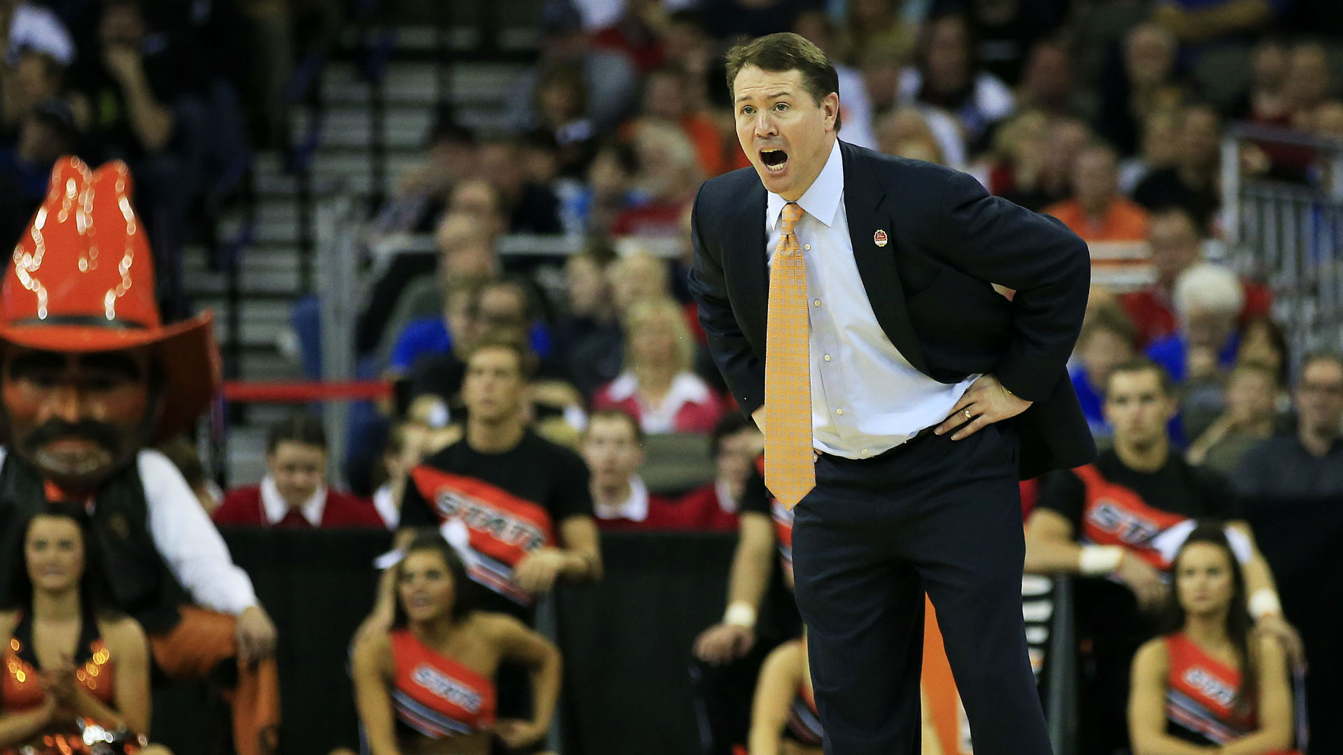 Report: Okla. State boosters willing to pay to get Travis Ford out