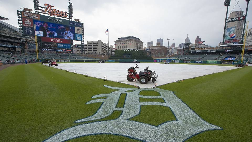 detroit-tigers-rain-04152018-usnews-getty-ftr