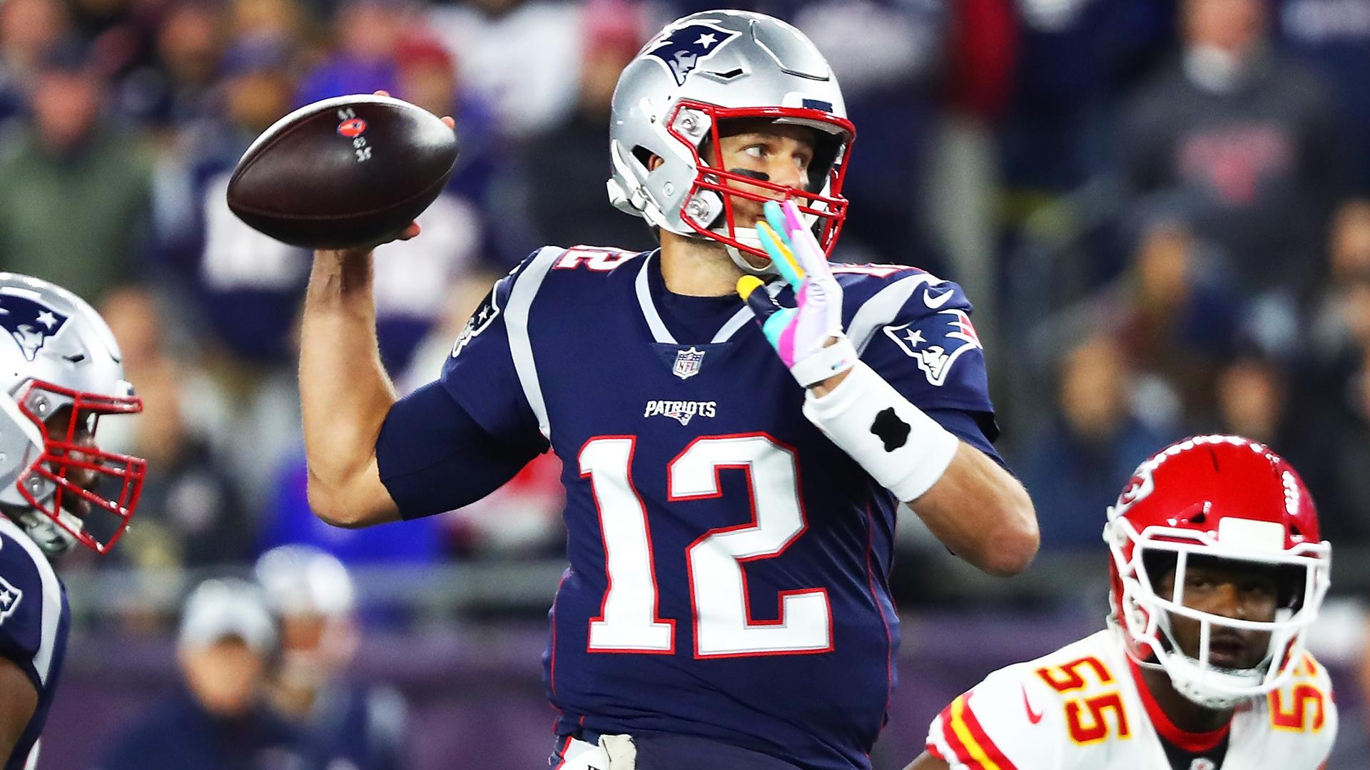 Gronk Body Slam >> Flipboard: Chiefs vs Patriots recap: Patrick Mahomes, Tom Brady collide in shootout