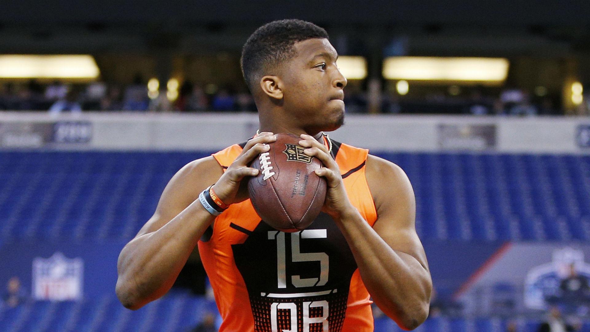 Buccaneers waste no more time, promote Jameis Winston to starting quarterback