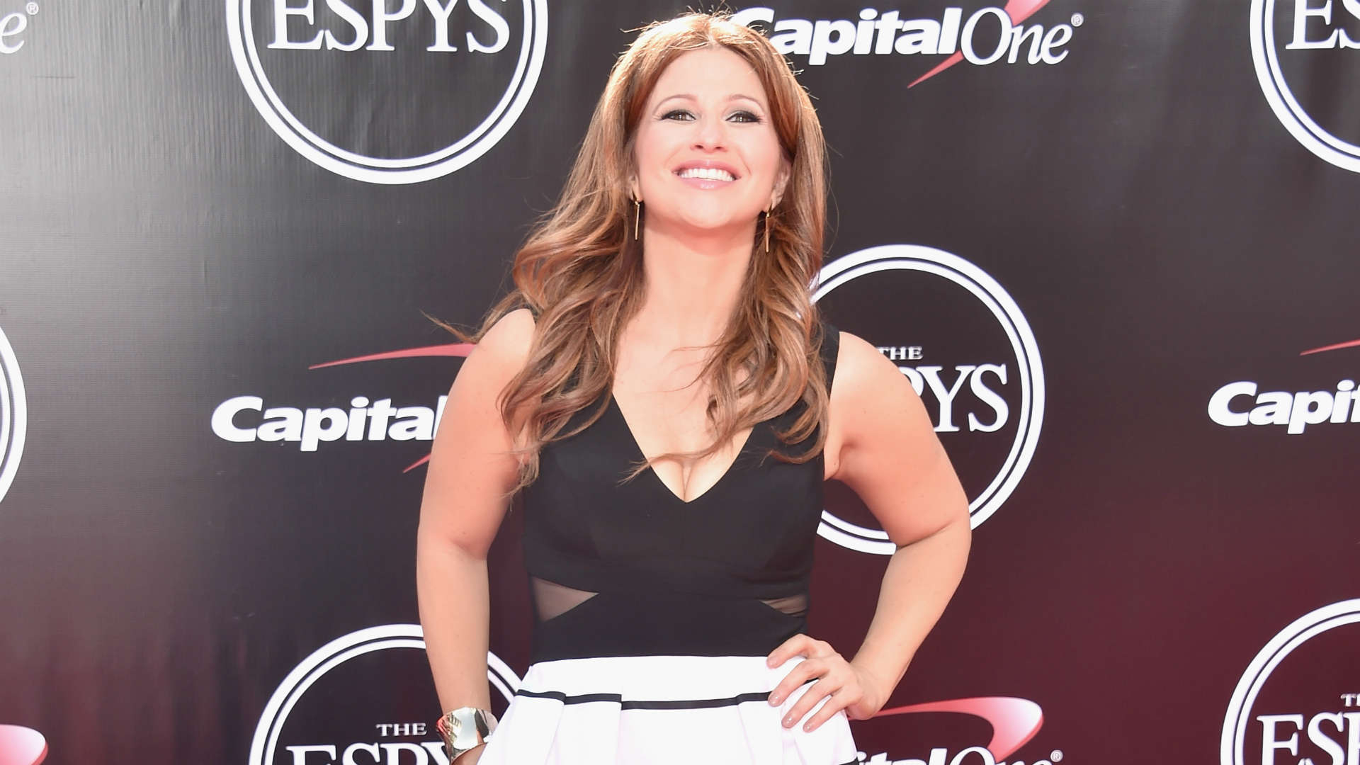 Rachel Nichols responds to Charles Barkley's 'girly' comments