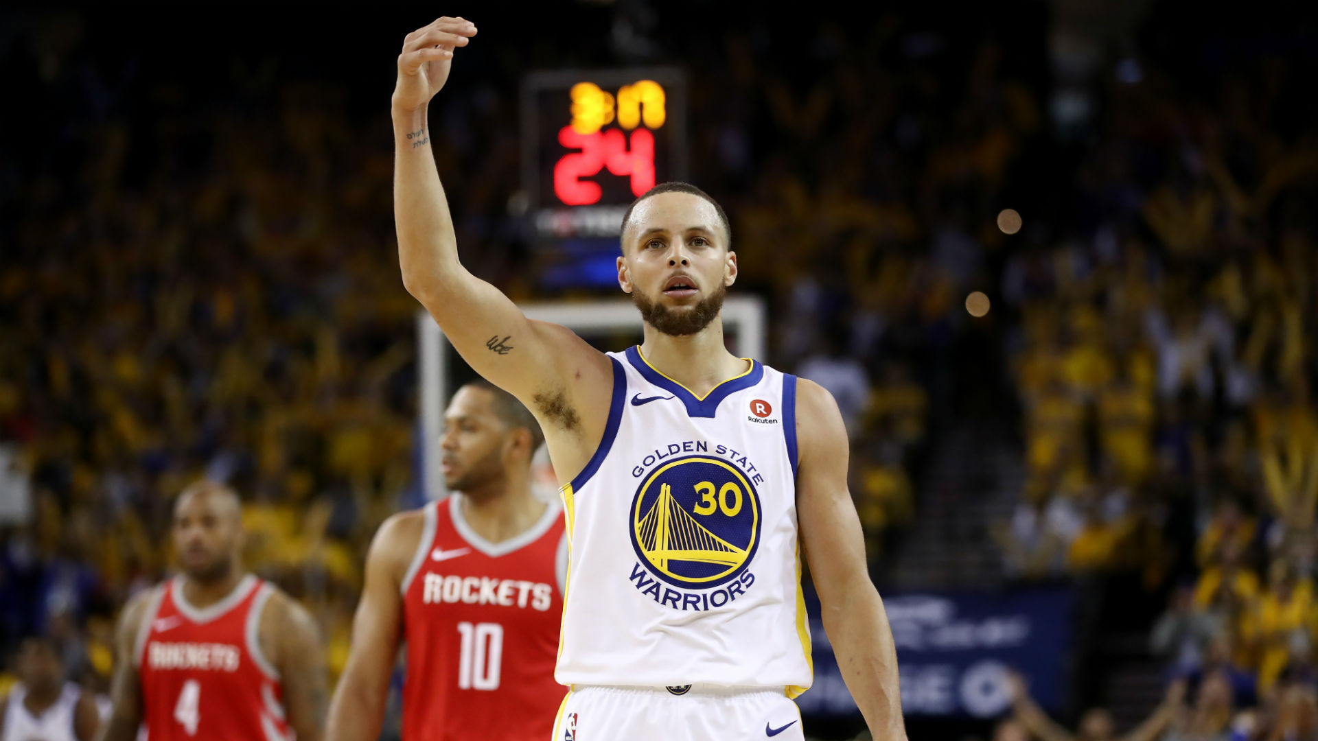 Curry says mom scolded him for Game 3 obscenity
