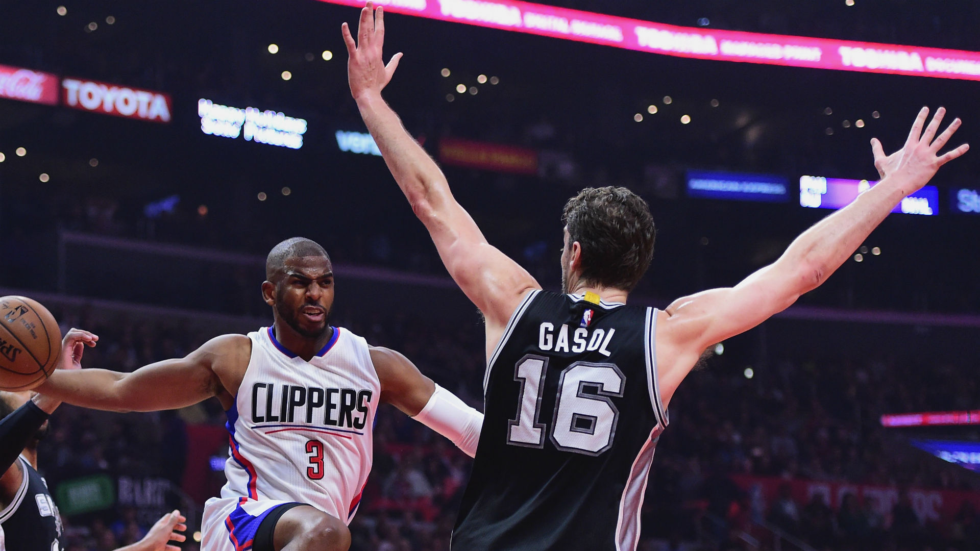 Pau Gasol Reportedly Will Decline Spurs Contract Option, Re-Sign with Team