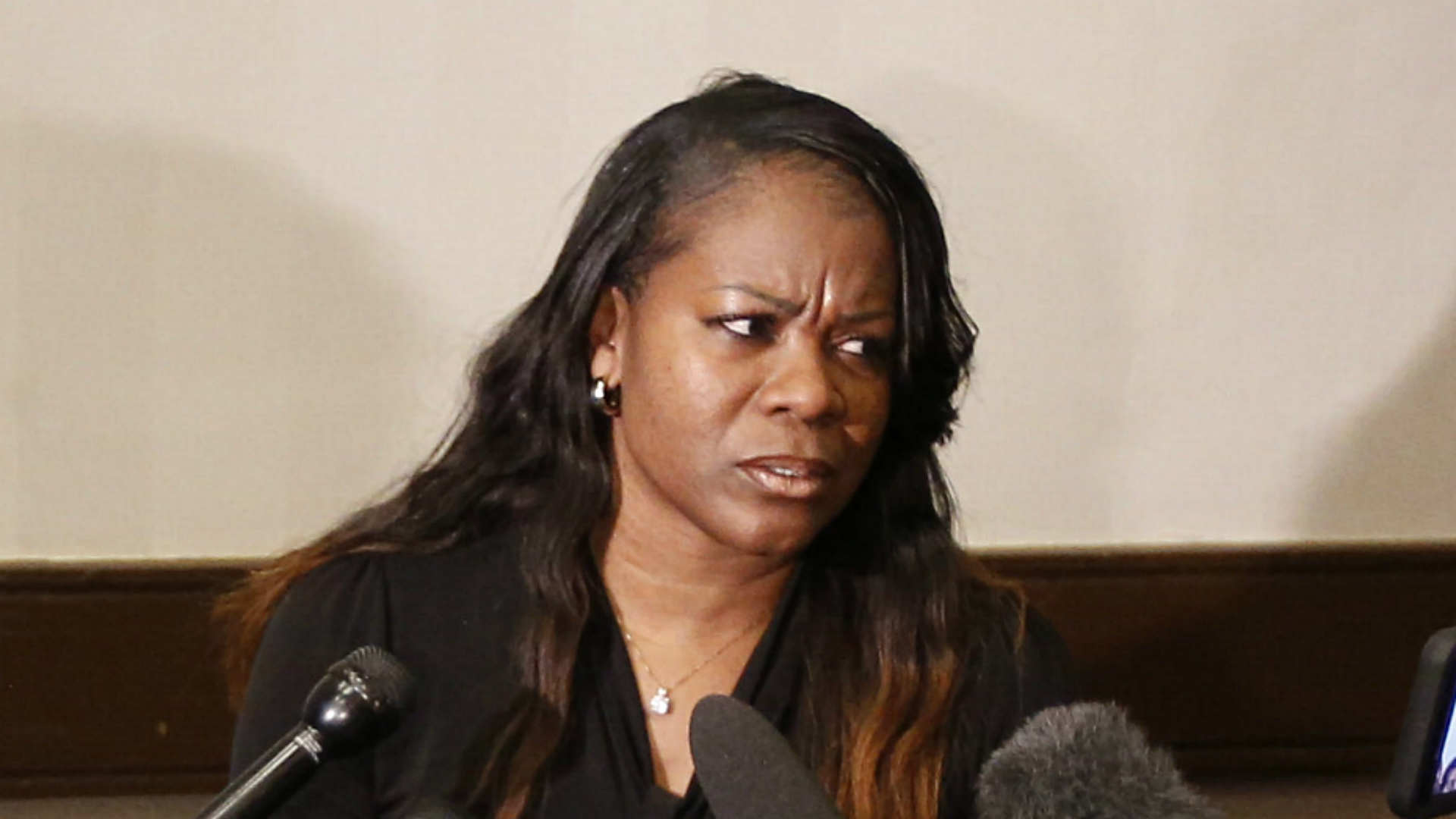 loyola fires coach sheryl swoopes after investigation into