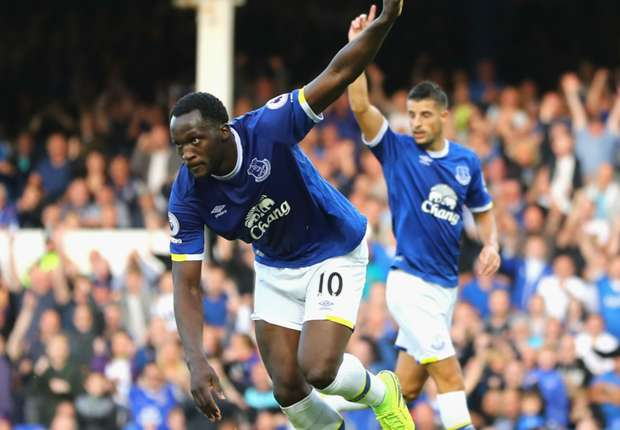 Everton trying to keep Lukaku – Koeman