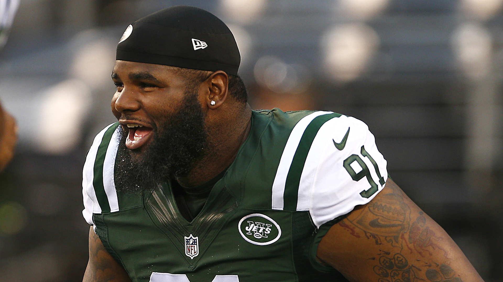 Sheldon Richardson suspended for Jets season opener