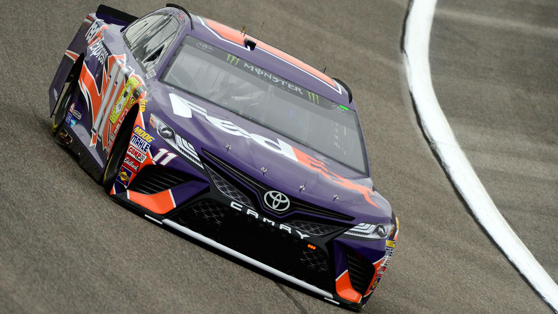 NASCAR starting lineup at Homestead-Miami: Denny Hamlin wins pole; Kyle Busch starts 2nd