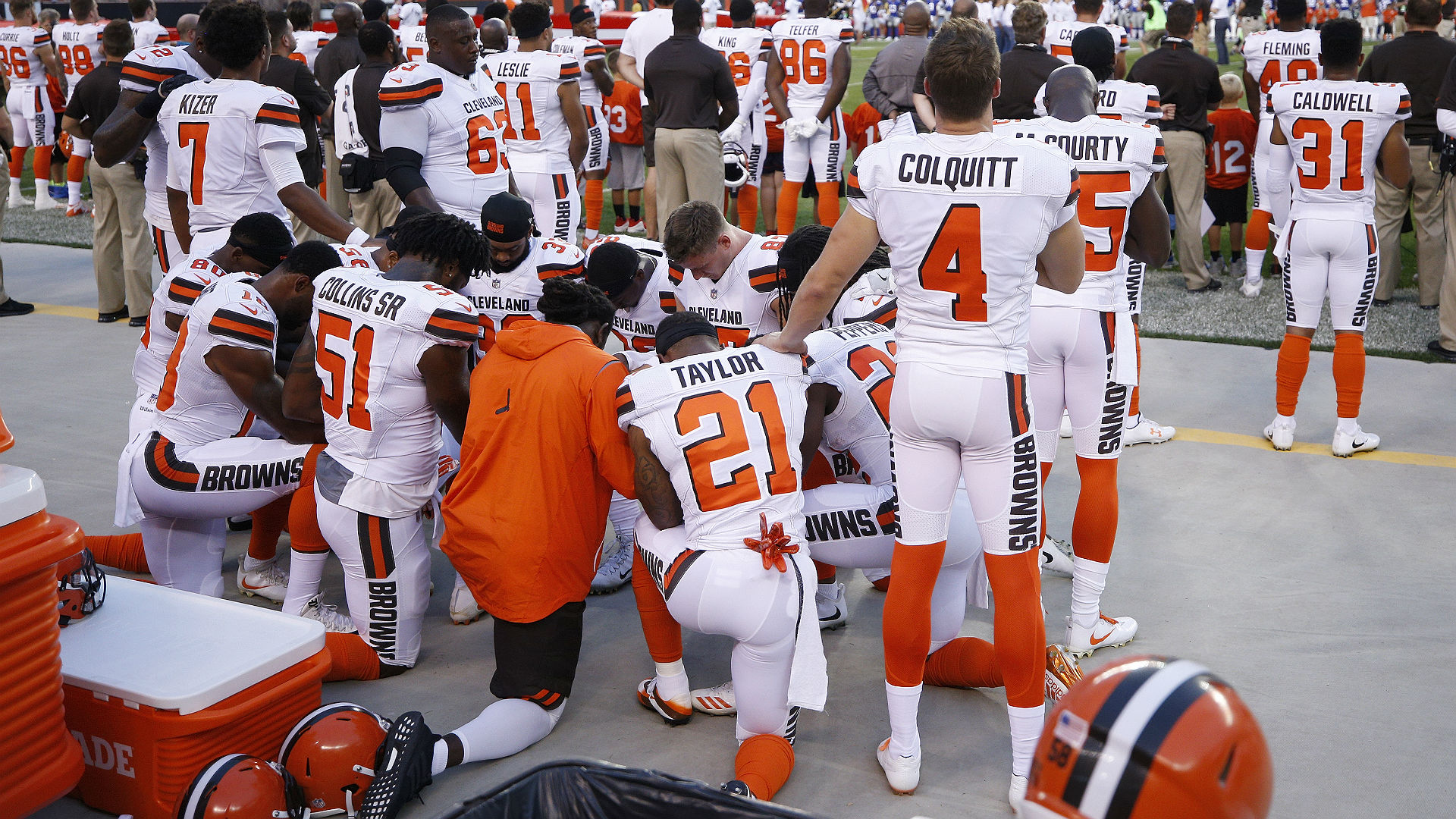Cleveland police back out of Browns' ceremony over National Anthem protests