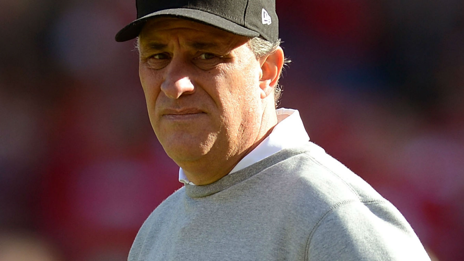 Broncos hire Bears DC Vic Fangio as new head coach, reports say