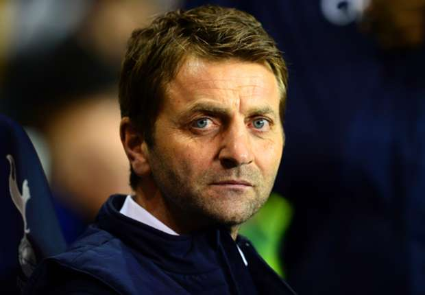 Tottenham boss Sherwood bites back at Van Gaal