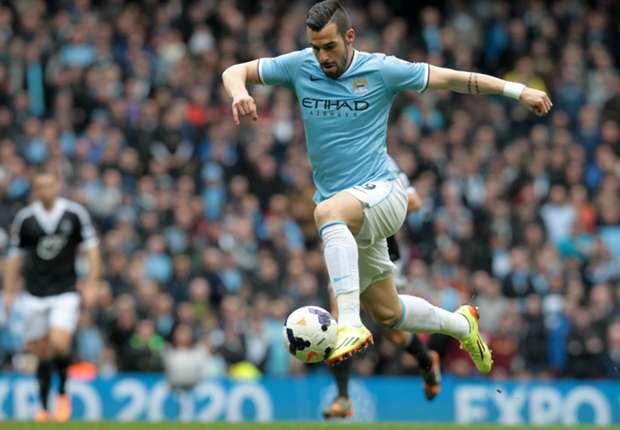 Negredo en un partido con el Manchester City