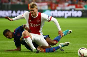 Arsenal and Chelsea target De Ligt signs four-year Ajax extension