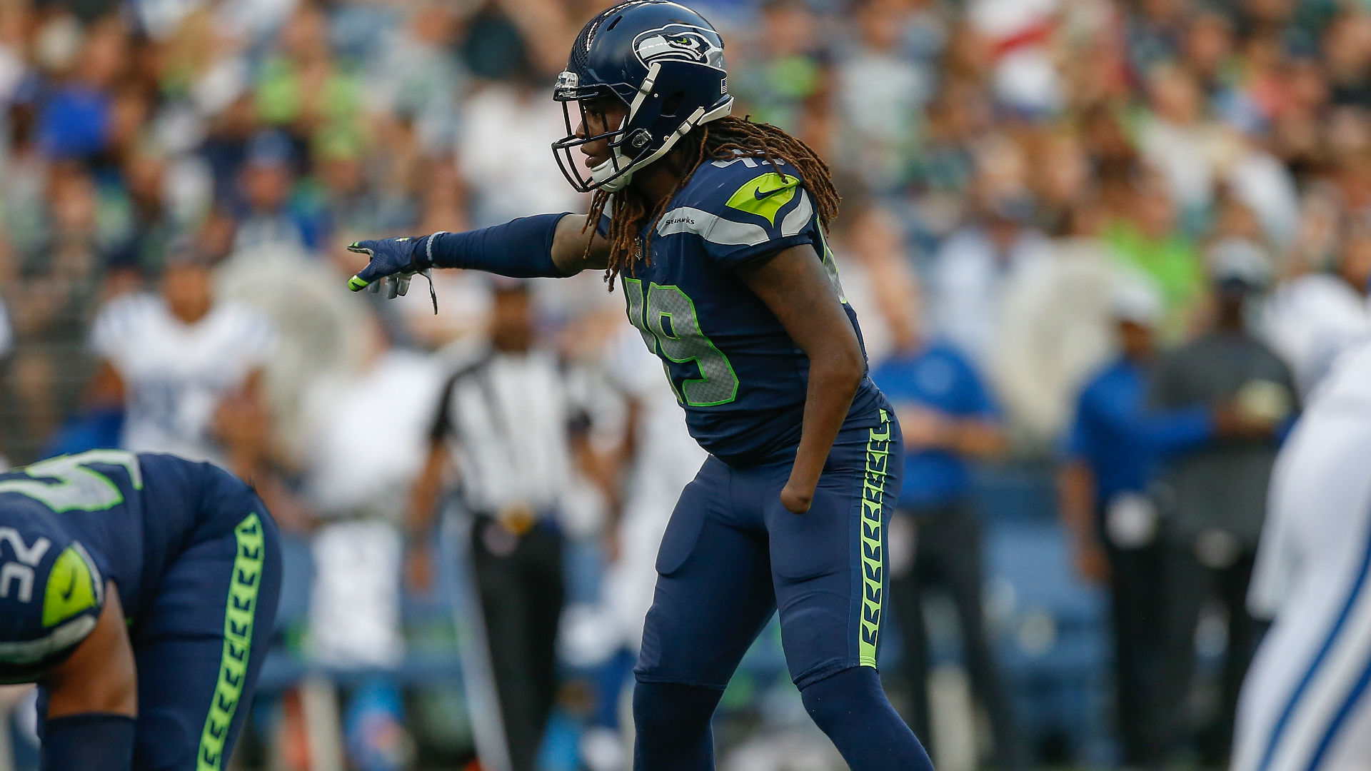Wright has knee surgery, status for Seahawks' opener unknown
