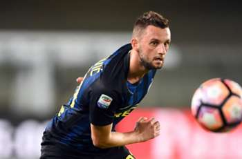 Chelsea and Arsenal want Brozovic, agent says