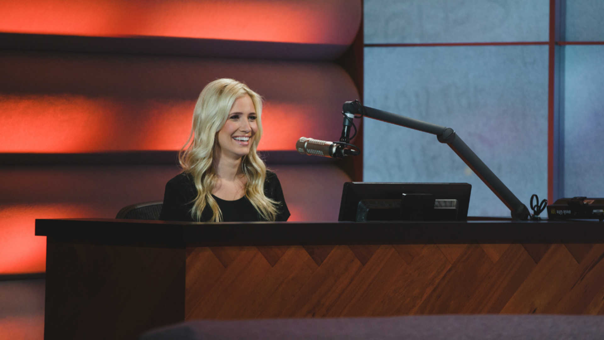 Kristine Leahy offers flawless alternative to 'Stay in Yo Lane' T-shirts