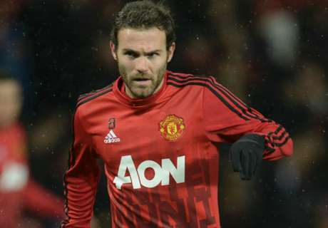 Van Gaal unhappy with Mata